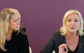 Marine Le Pen (a destra) e la nipote Marione Le Pen Maréchal