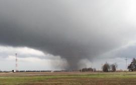 Un tornado in avvicinamento