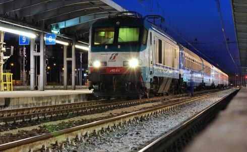 L'uomo è stato travolto dall'Intercity Bolzano Roma