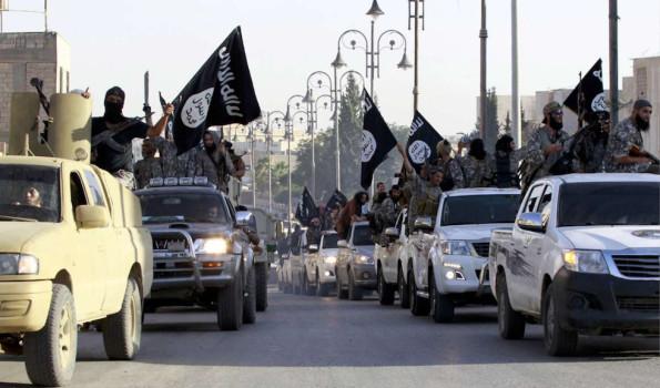Un corteo di auto (nuovissime) dell'Isis