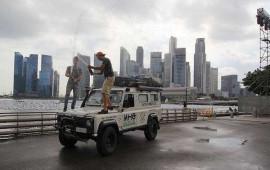 L'arrivo a Singapore di Michele e Cesare