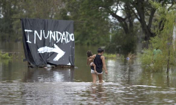 Inondazione in Argentina causata da El Nino