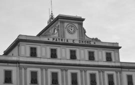 La facciata dell'Accademia Navale