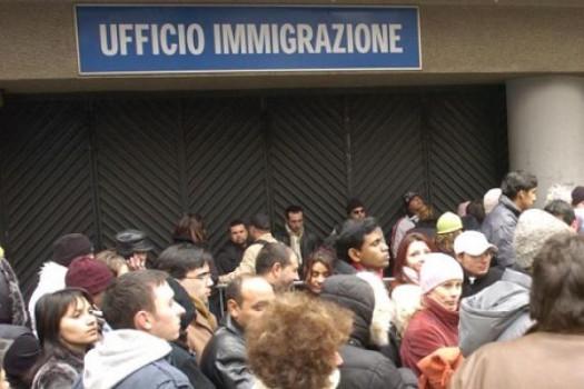 Code in tutti gli uffici immigrazione d'Italia