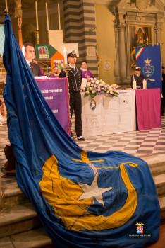 La Bandiera del Corso Invicti (Foto Laboratorio Fotografico Accademia Navale)