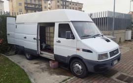 Il furgone utilizzato dai ladri di carburante