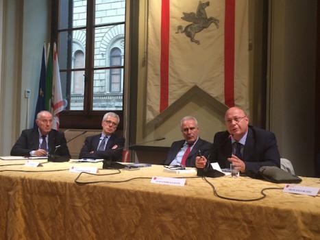 Un momento del dibattito presso la sede del Consiglio Regionale della Toscana