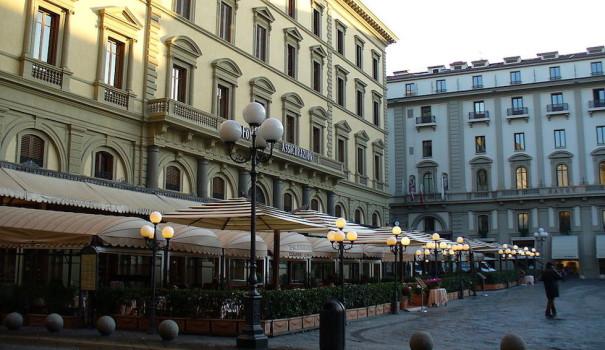 I famosi caffè di piazza della Repubblica a Firenze