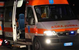I tre feriti sono stati portati all'ospedale di Santa Maria Nuova
