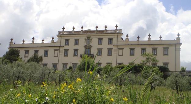 La villa di Castel Pulci dove Mattarella arriverà il 28 aprile