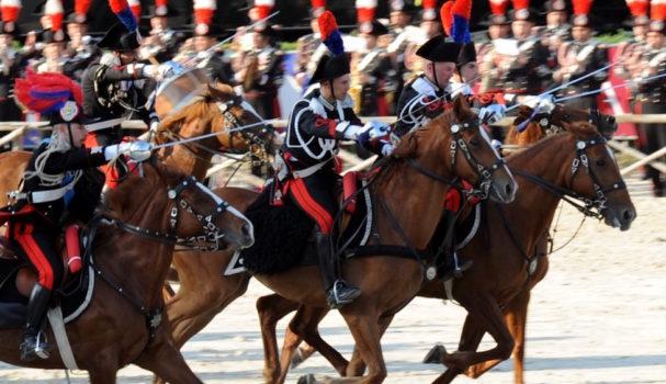 Un momento del Caroselo storico dei Carabinieri