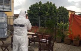 I rilievi dei Carabinieri sul luogo del dramma