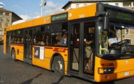 Cambiano le fermate dell'autobus in piazza San Marco a Firenze