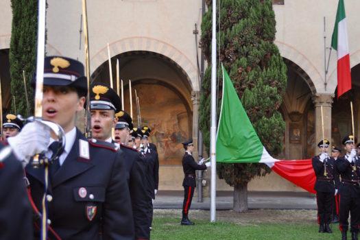 Ammainabandiera alla Scuola Marescialli Carabinieri