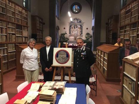 Da sin il sindaco Anna Ravoni, il vescovo di Fiesole Mario Meini, il capitano Lanfranco Disibio