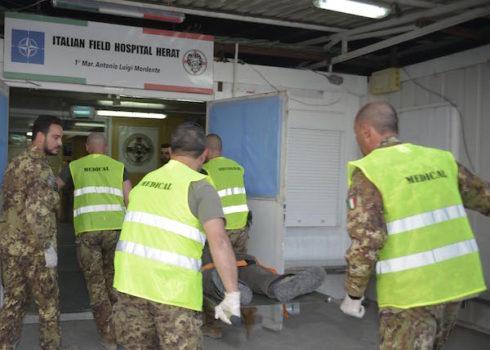 I feriti accolti nell'ospedale da campo militare italiano di Herat