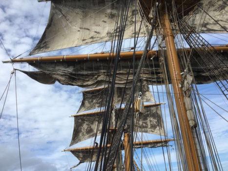 Vele al vento dal Vespucci all'uscita da Brest