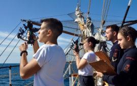 Cadetti dell'Accademia Navale su Nave Vespucci