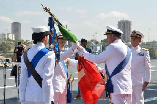 Il passaggio della Bandiera della Marina e delle Forze Navali