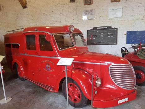 Un automezzo storico dei Pompieri fiorentini