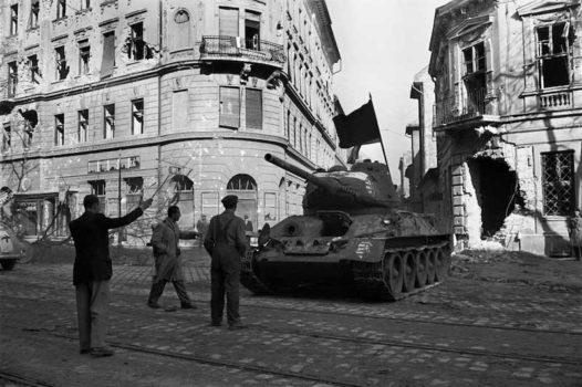 La rivolta d'Ungheria contro l'Urss durò dal 23 ottobre al 7 novembre 1956
