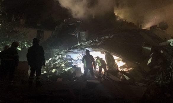 Vigili del Fuoco scavano nella villetta a Bagno a Ripoli