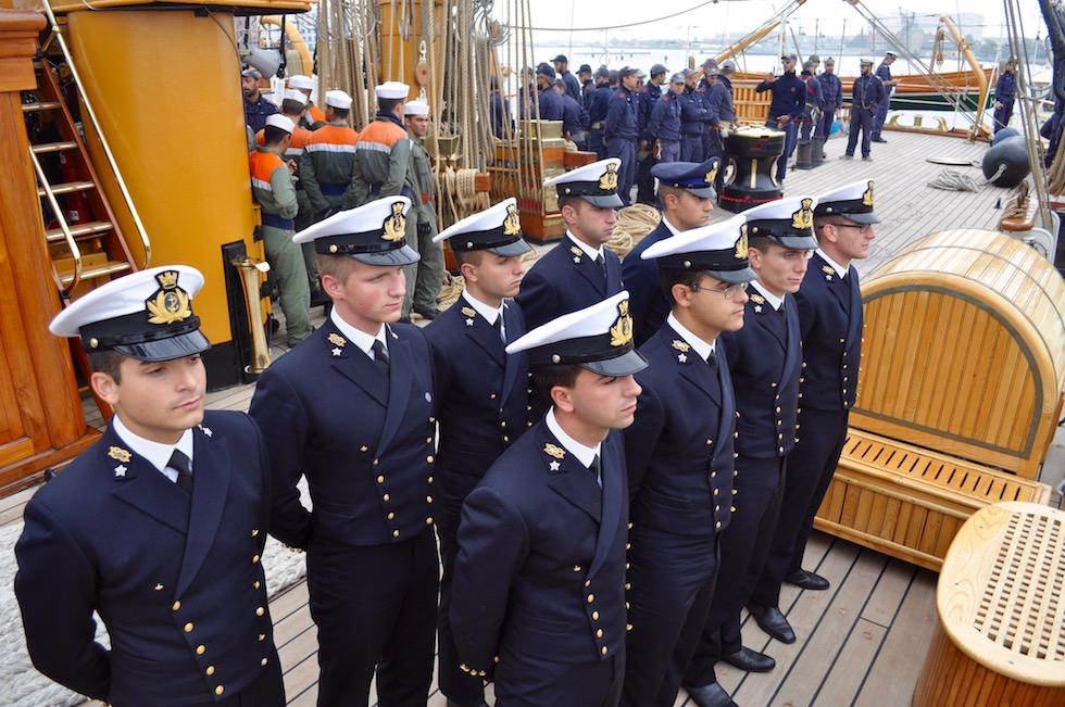 Allievi dell'Accademia Navale su Nave Vespucci a Copenhagen Agosto 2016 (foto OsservatoreLIbero.it)