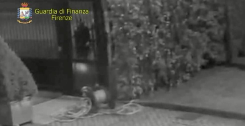 Un'immagine delle telecamere al vaglio degli inquirenti