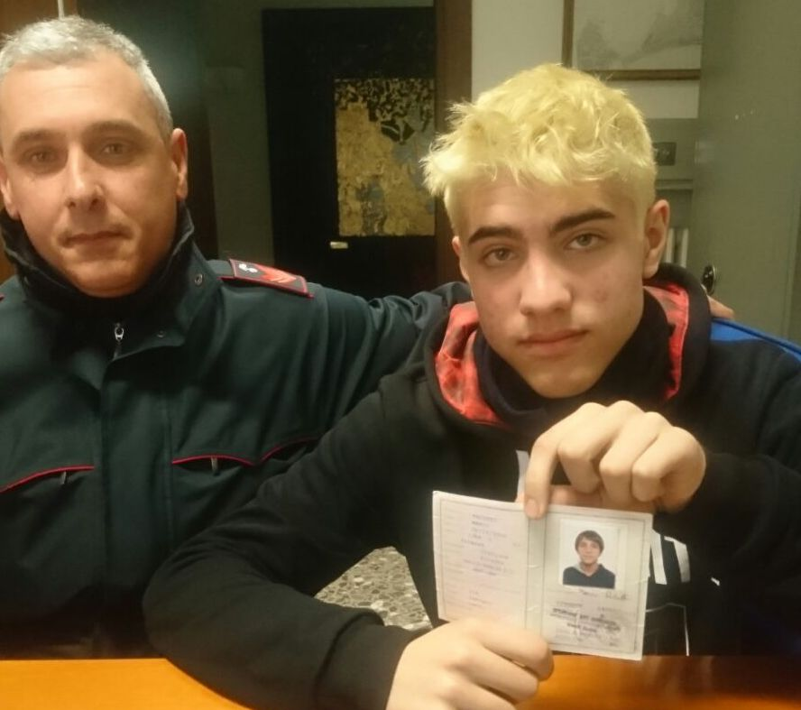 Michele Paluffi presso la caserma dei Carabinieri di Taranto