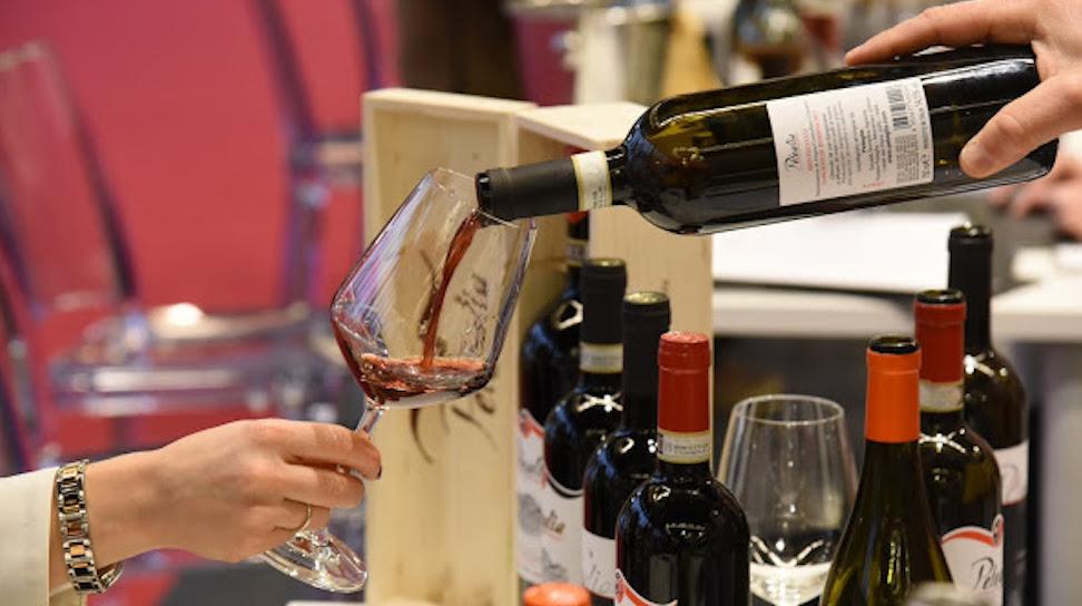 Il vino toscano conquista i mercati