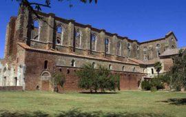 La storica abbazia di San Galgano a Chiusdino (Si)