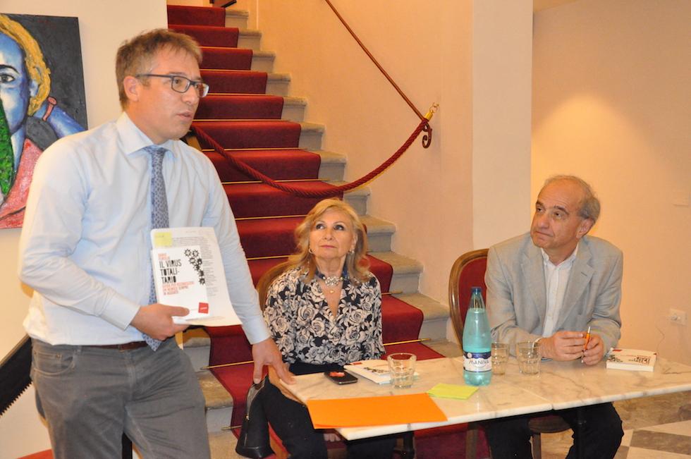 Antonio Pagliai, Laura Lodigiani, Dario Fertilio al Caffè Letterario Niccolini
