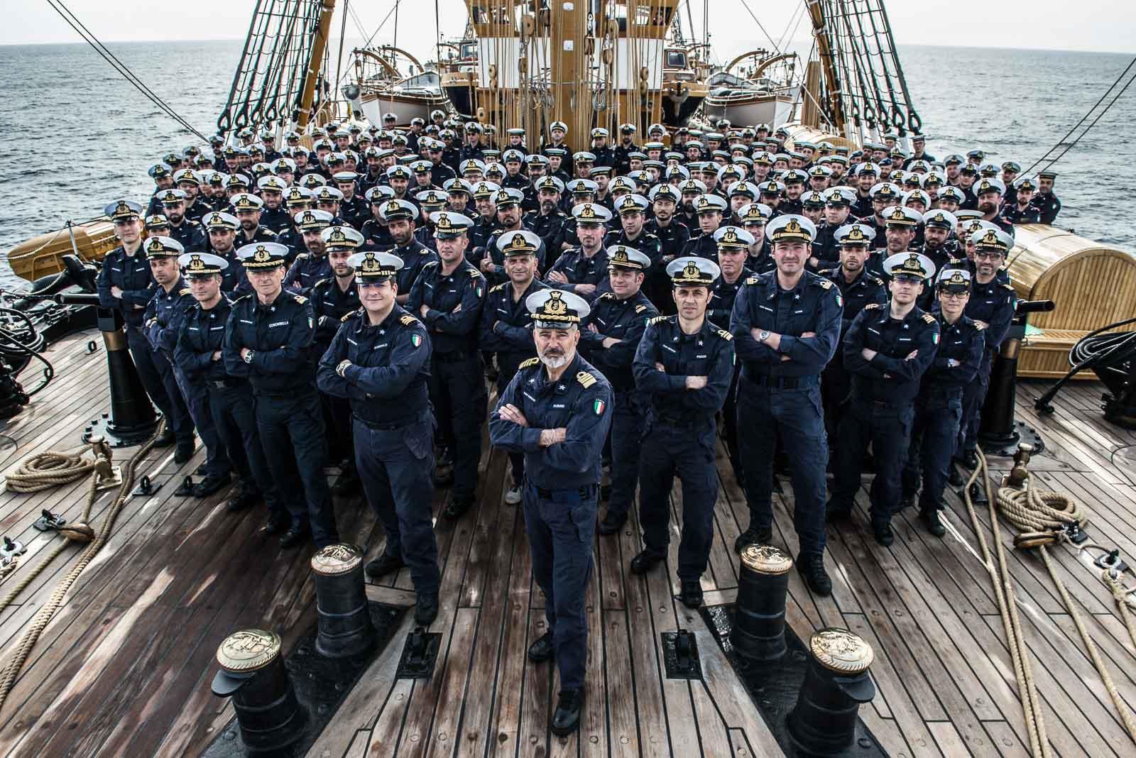 L'equipaggio di Nave Vespucci 2017