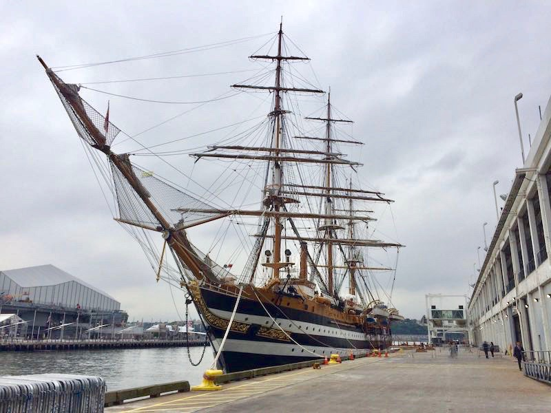 Nave Vespucci al Pier 88 di New York (Courtesy Joseph A. Gallucci)