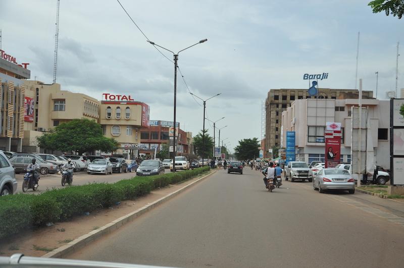 Kwame N'Krumah una delle principali strade di Ouagadougou