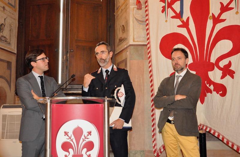 Il sindaco Nardella, il comandante della Municipale Casale e l'assessore Gianassi