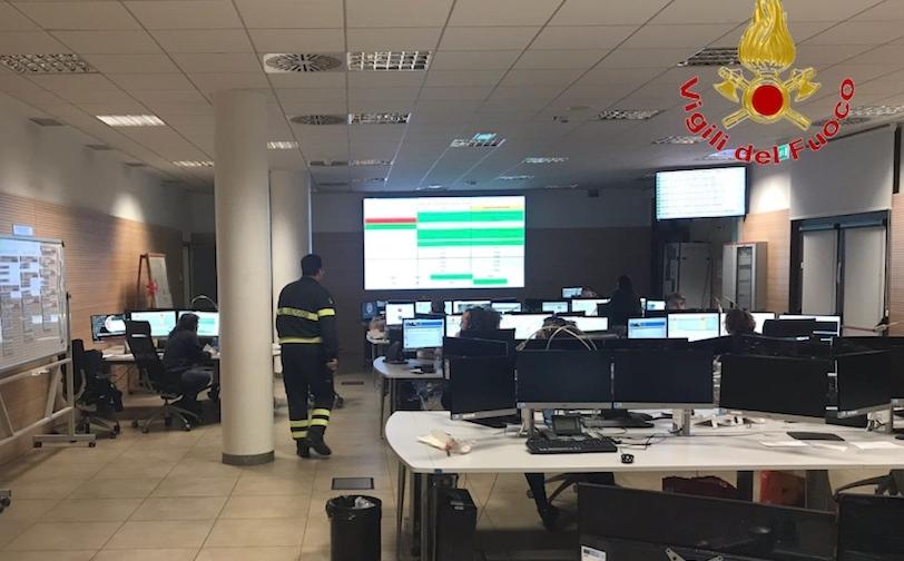 Vigili del Fuoco nella centrale operativa del 118