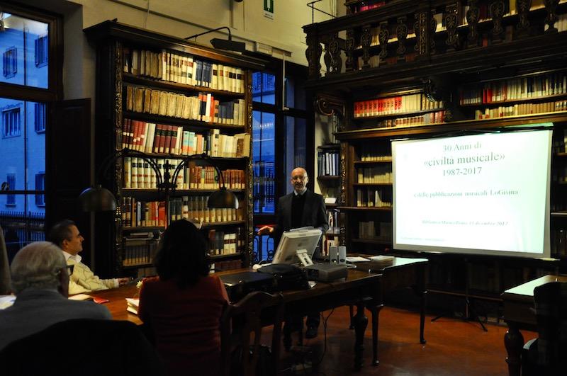 Gherardo Lazzeri durante la sua presentazione