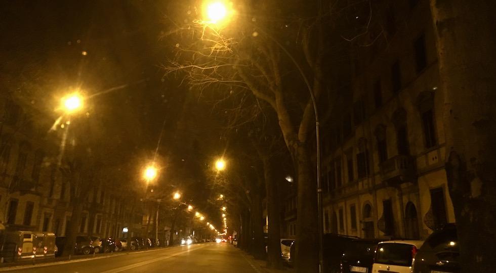 """Le luci """"gialle"""" di viale dei Mille destinate a essere cambiate a led"""