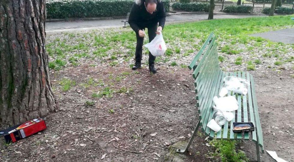 Firenze, sulla «Montagnola» del degrado puliscono i cittadini (Foto)