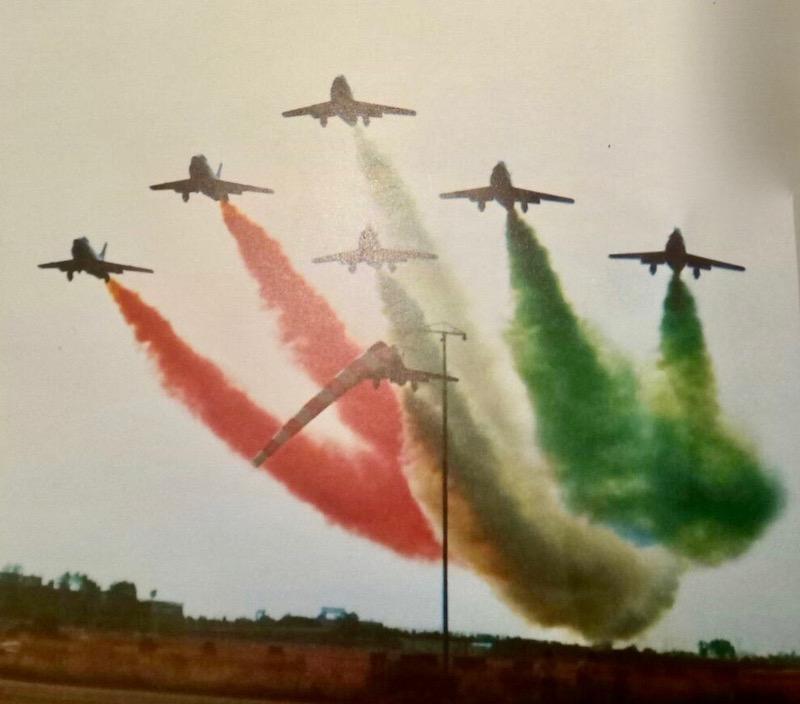 La prima volta delle Frecce Tricolori a Firenze sull'aeroporto di Peretola nel 1976
