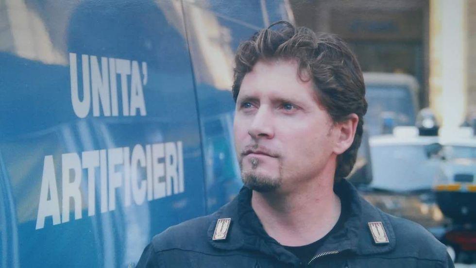 Il sovrintendente Giovanni Politi morto nell'incendio alla caserma Fadini a Firenze