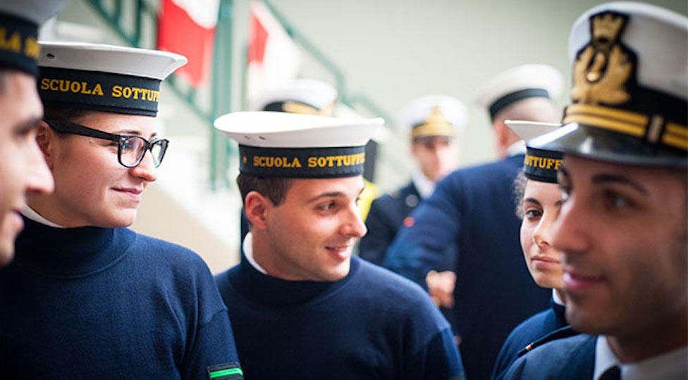 Aumentano i gradi dei sottufficiali delle Forze armate