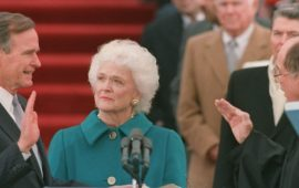 George e Barbara Bush nel 1989 all'insediamento da presidente Usa