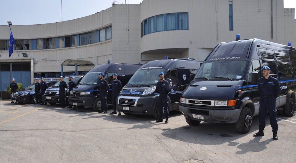 Salvarono la vita a due detenuti: premiati a Firenze operatori di Polizia Penitenziaria