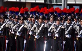Allievi della Scuola Marescialli dei Carabinieri durante una cerimonia