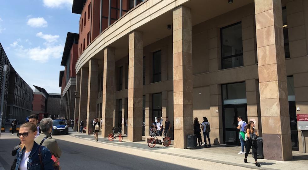 Il palazzo del Dipartimento dei Scienze Giuridiche dell'Università di Firenze a Novoli