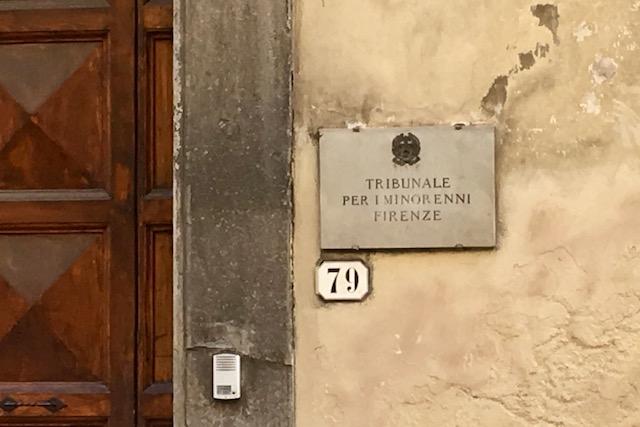 L'ingresso del Tribunale dei Minorenni a Firenze