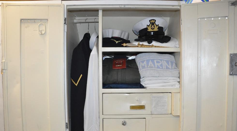 L'armadietto a disposizione degli allievi su Nave Vespucci