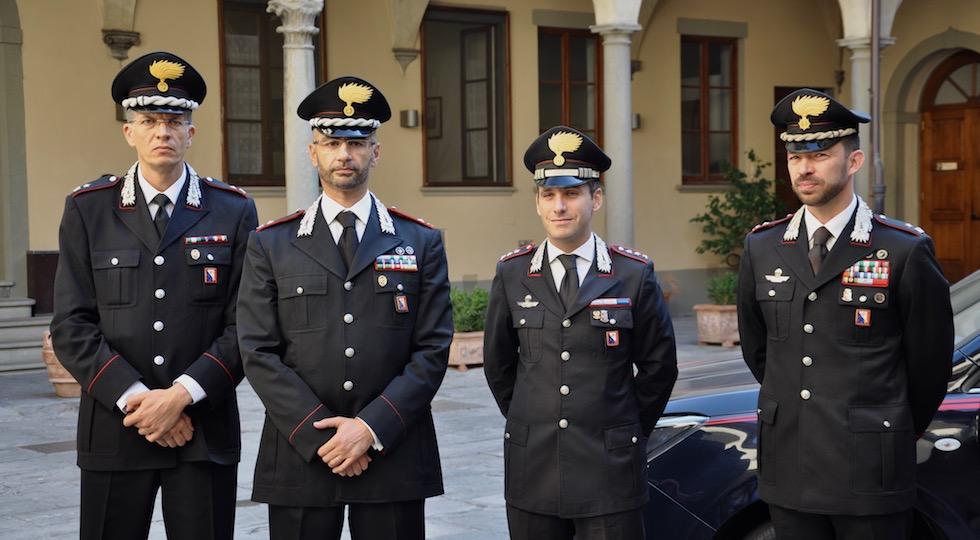 Avvicendamenti a Firenze: (da sin.) maggiore Arturo, maggiore Cannarile, capitano Centrella, maggiore Puppin